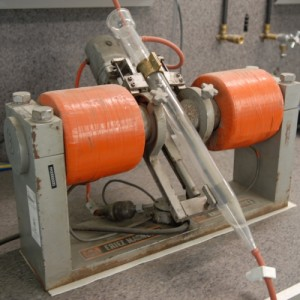Davis tube magnetic separator